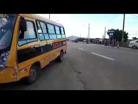 POLICIAL: TRÊS CARROS SE ENVOLVERAM EM ACIDENTE PRÓXIMO AO TERMINAL RODOVIÁRIO
