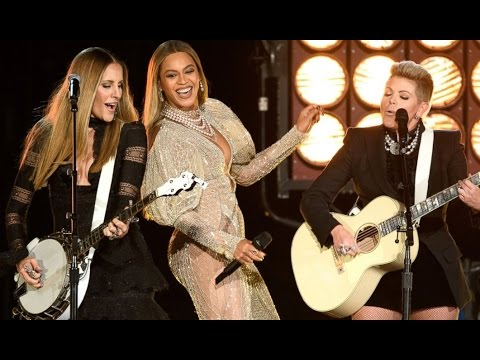 2016 CMA Awards | Beyonce Steals the Show