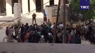 Сотни боевиков сирийской оппозиции сложили оружие под Дамаском