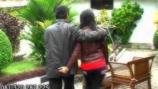 Download lagu Dadang Anesa - Cinta Diiris iris.DAT