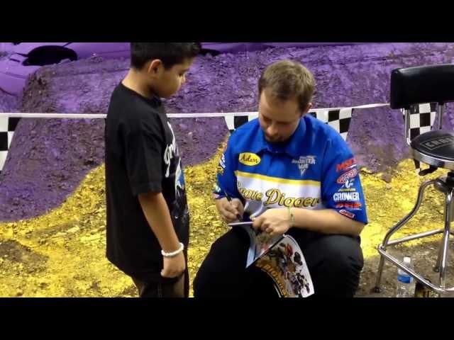 Angel meets Ryan Anderson San Antonio tx alamodome 1/11/2014