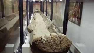 La. State Exhibit Museum - Caddo Dugout Canoe
