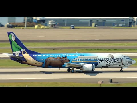 Alaska Airlines Boeing 737-400 Spirit of Alaska Statehood [N705AS] takeoff from PDX