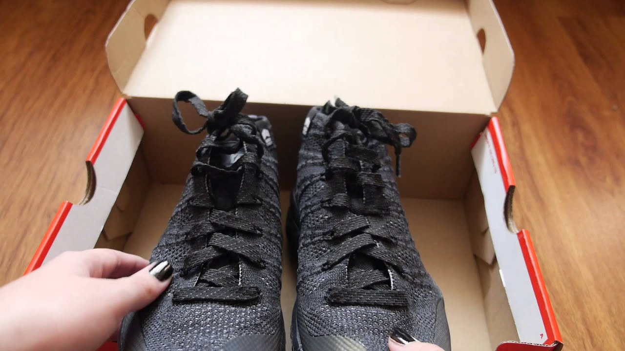 Nike Flyknit Chukka SneakerBoot unboxing. - YouTube