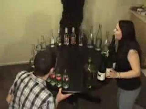 T-tris sifflé à la bouteille (thème song)