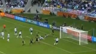 Maradona's Reaktion auf die Tore im Spiel Deutschland - Argentinien der WM 2010