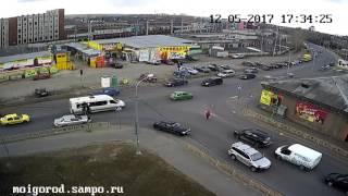 Мгновенная карма настигла водителя на перекрестке в Петрозаводске