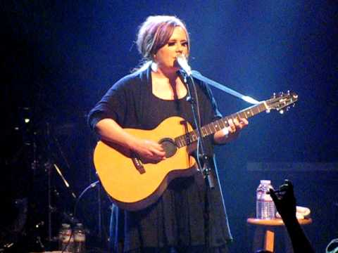 Adele- Daydreamer (Atlanta)