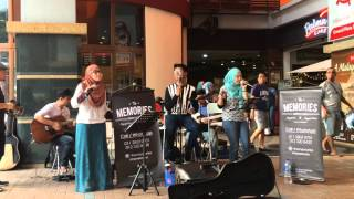Video Anita Sarawak - Ayam den Lapeh covered by The Memories acoustic band download MP3, 3GP, MP4, WEBM, AVI, FLV Agustus 2018
