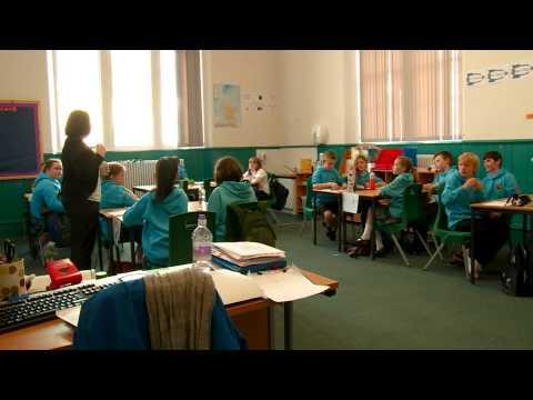 Deasachadh airson cùrsa teagaisg / Preparing for a Gaelic teaching course