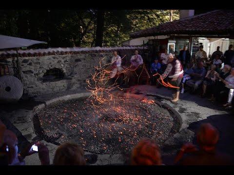 アキーラさん堪能④ブルガリア・伝統民族音楽(火渡りの儀式)!Bulgarian Folk song in Bulgaria