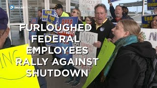 Federal Workers rally against the government shutdown at DFW