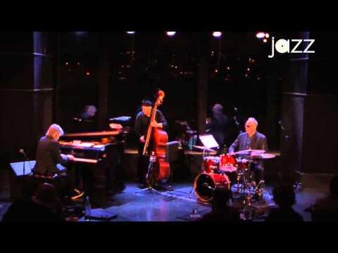Alan Broadbent Trio at Dizzy's Club Coca-Cola, The Long Goodbye & Groovin' High