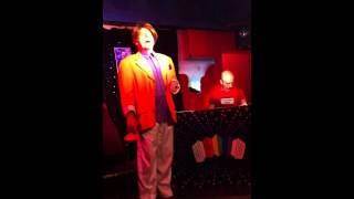 """Le trou de mon quai (Dranem) extrait de """"Chantons dans le Placard"""""""