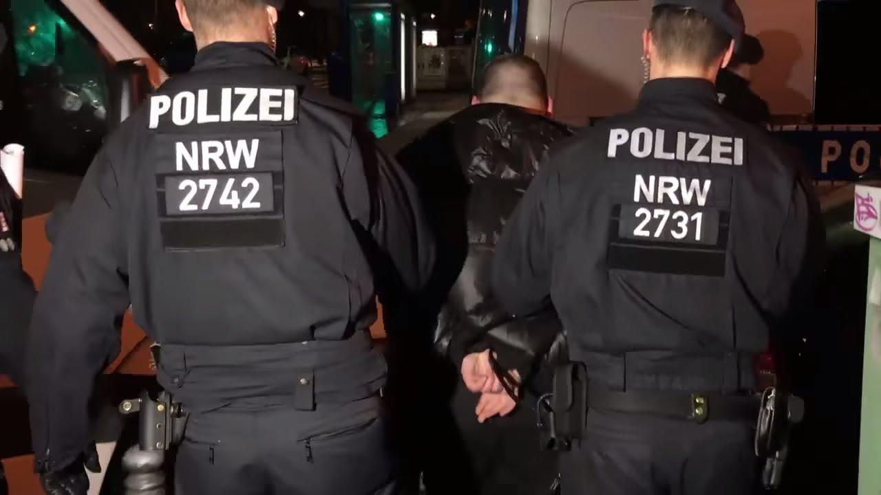 CLAN-KRIMINALITÄT: Kripo-Bund fordert härtere Gangart gegen Großfamilien