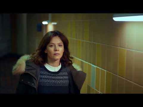 2017 International Emmy Anna Friel in