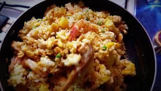 Жареный рис в ананасе по тайски / Экзотический ужин с шампанским на 19$