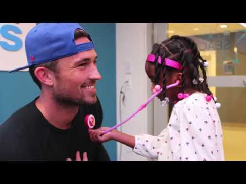 Michael Ray Visits Seacrest Studios at Boston Children's Hospital!