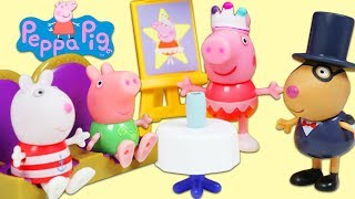 Peppa Pig Performance Arts Center Playset with Magic Surprise Toy Show!