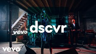Kacy Hill - Shades of Blue - Vevo dscvr (Live)