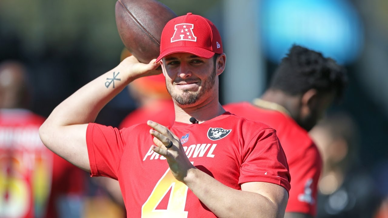 Derek Carr Mic d Up at Pro Bowl Practice - YouTube baf886e22