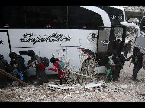 أكثر من 700 مدني غادروا الغوطة الشرقية السورية يوم السبت  - نشر قبل 1 ساعة