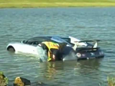 Bugatti Veyron Crash   YouTube