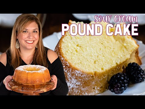 best-easy-pound-cake-recipe-(sour-cream-pound-cake)
