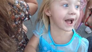 EVERLEIGH PULLS HER FRIENDS FIRST TOOTH OUT!!! (DRAMATIC)