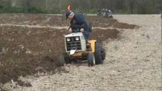 cub cadet 2072 plowing
