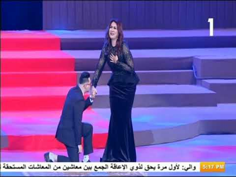 صدى البلد - شاهد| ماذا فعلت الفنانة وفاء عامر مع أحد الأطفال ذوي الإعاقة أمام الرئيس ؟
