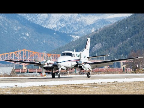 Beechcraft King Air 90 Landing