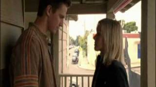 Veronica Mars season 1 episode 18 1x18 LoVe - Logan Veronica first kiss