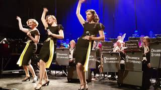 Attitunes - Straighten Up And Fly Right (The Andrews Sisters Cover)