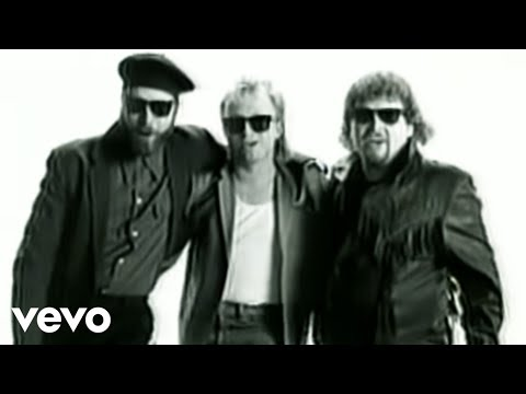 Alabama – She And I #CountryMusic #CountryVideos #CountryLyrics https://www.countrymusicvideosonline.com/she-and-i-alabama/ | country music videos and song lyrics  https://www.countrymusicvideosonline.com