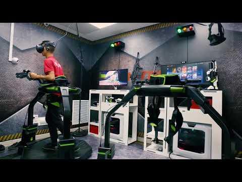 Simulador Virtuix Omni en Hitec Simulators Park