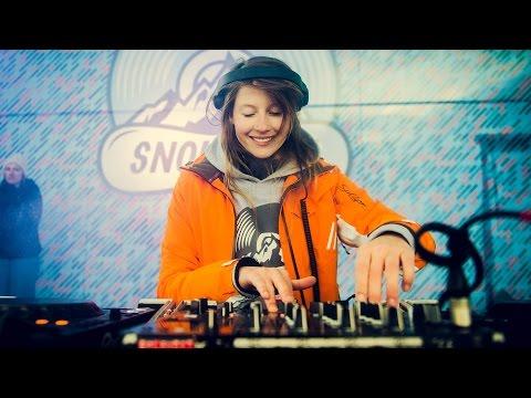 Charlotte de Witte - live op de Studio Brussel Snowcase