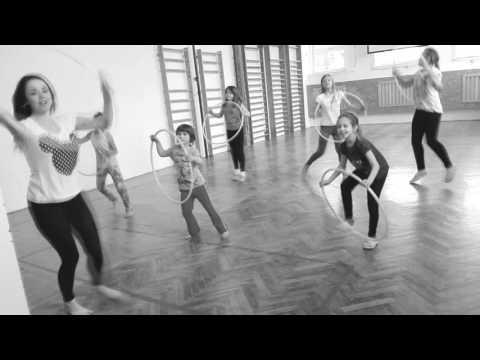 Omi - Hula Hoop - dance kids
