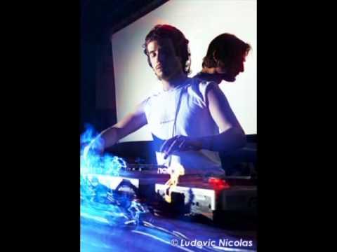 Ricardo Villalobos & Luciano @ Sense Club, Mutek Festival, Chile 2004-01-??