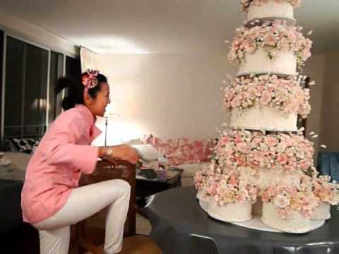 The Wedding Cake wmv   YouTube The Wedding Cake wmv