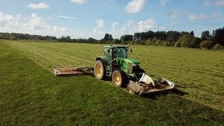 20FT OF CLAAS MOWERS ON A JOHN DEERE 6170R