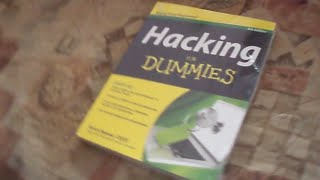 Hacking Book : Hacking For Dummies - Unpacking Amazon package and Review