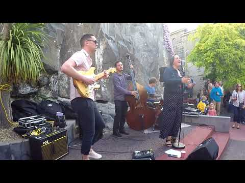 Katy Raucher and The Spectrums - Brand New Love
