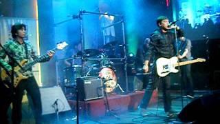 The Dawn - Iisang Bangka (live at the Hard Rock Cafe 06-30-2011)