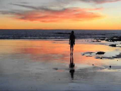 Life in Australia-cable beach,broom