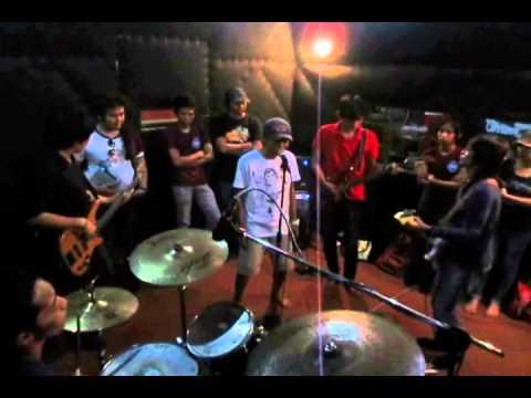 AMA Band - No Woman No Cry Cover