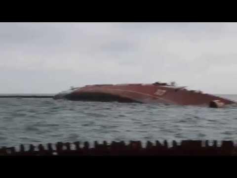 Ukraine War - Russian navy sinks ship in Crimea Ukraine