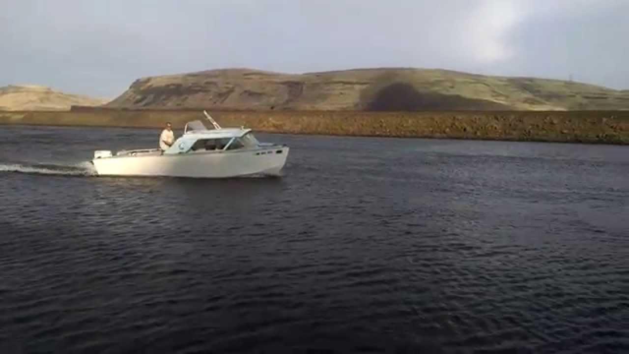 62 lonestar boat 140 johnson outboard doovi for Johnson marine italia