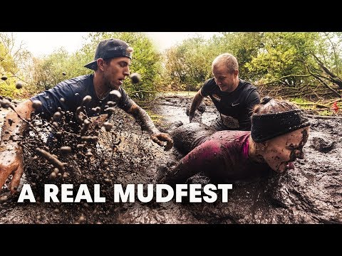 Full Obstacle Course Race Highlights   Red Bull Conquer The Castle 2018