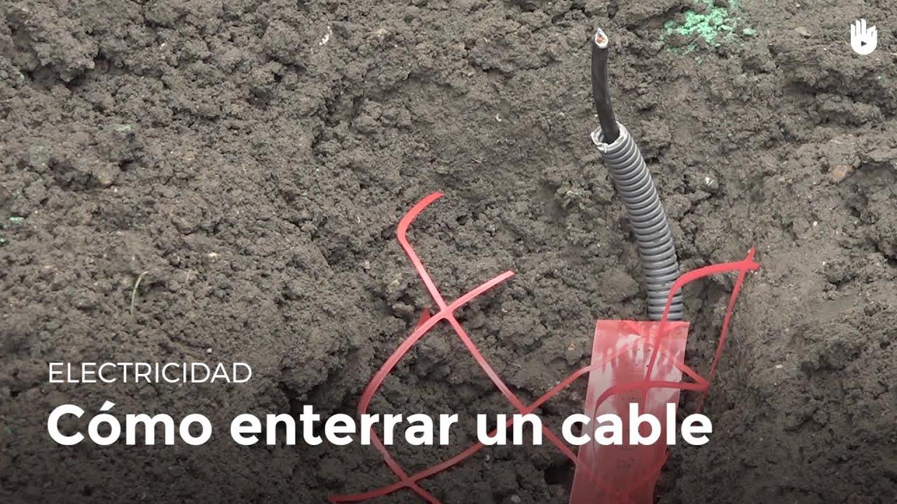 C mo enterrar un cable el ctrico electricidad youtube - Cable electrico exterior ...